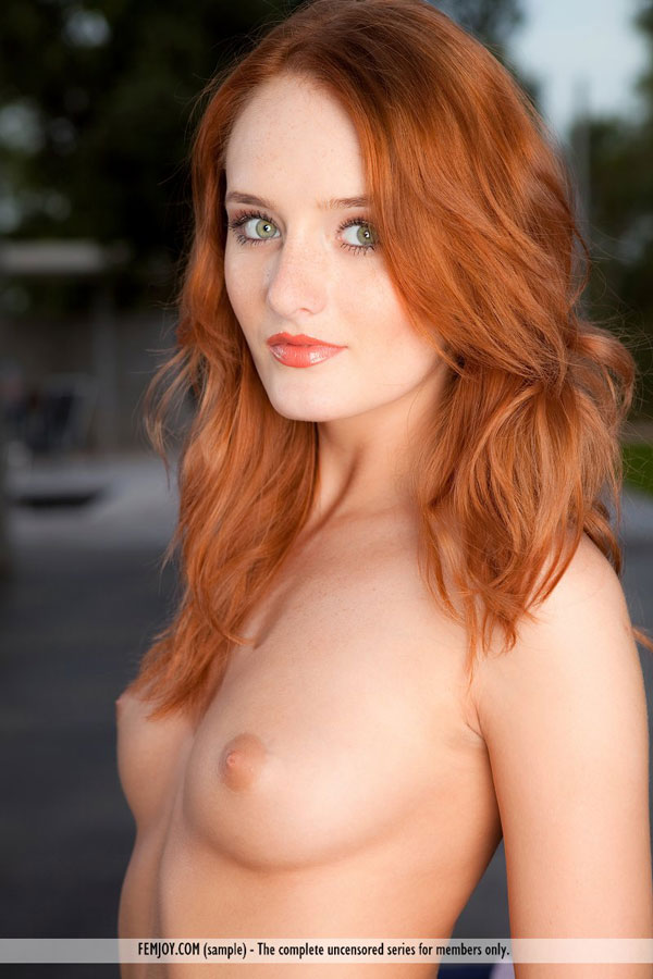 Good, nude girl with red hair green eyes