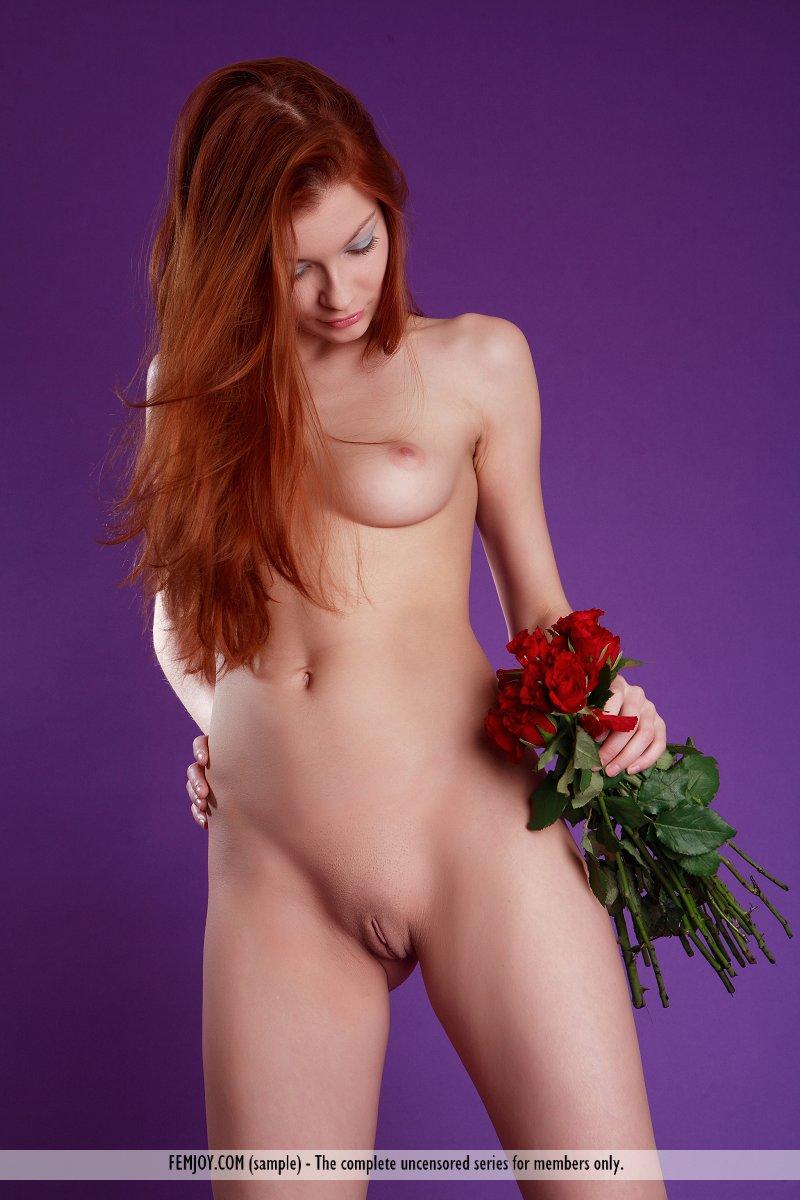 Redhead babe sites